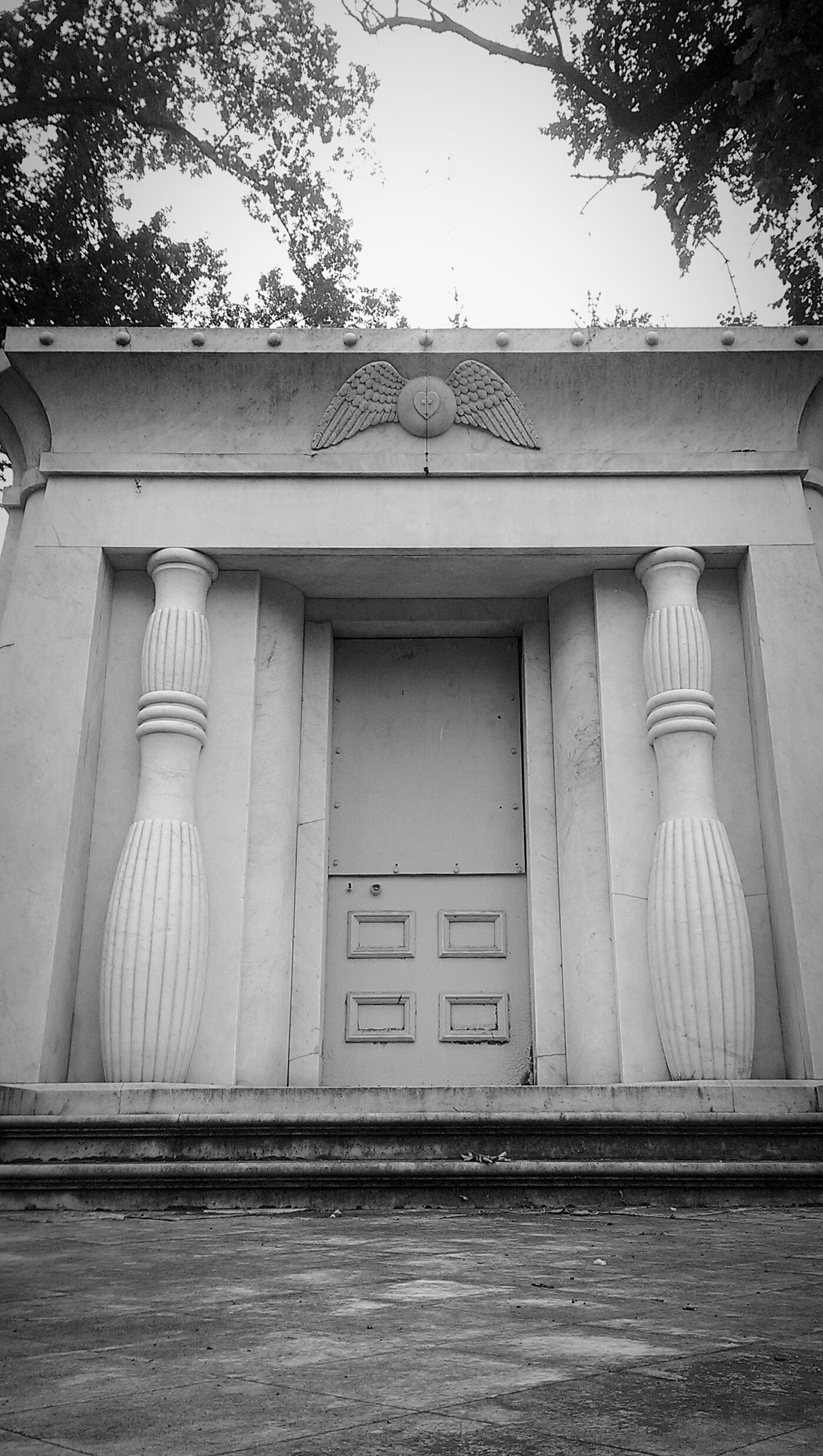 Gorgeous mausoleum, one of so many Architecture Building Exterior Outdoors EyeEm Cemetery Memorial Mausoleum EyeEm Gallery Historical Place Mobile Photography Eye4photography  Pioneers Northern California History Black And White Collection  Black And White Cemetery Cemetary Beauty Cemetery Photography Cemetery_shots Monuments Beauty Everywhere Sacramento At Rest Tranquility Peace