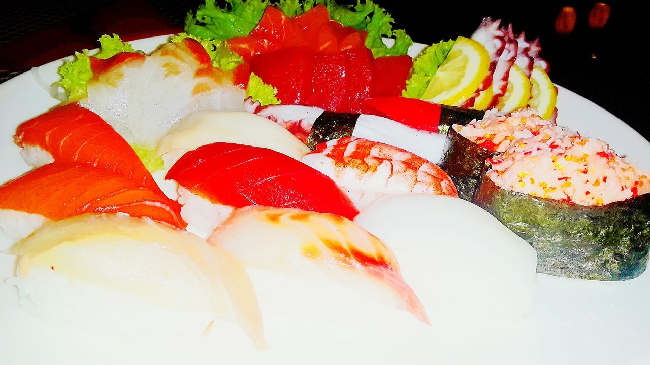 Freshness Healthy Eating Seafood Food And Drink Food Sushi Indoors  Close-up Ready-to-eat SLICE No People Serving Size Plate Caviar Cultures Day Sushilover Sushi Time Sushi Rolls Sushi Lover Sashimilovers Japan Japanese Food Sushi Maki Sushi Chef
