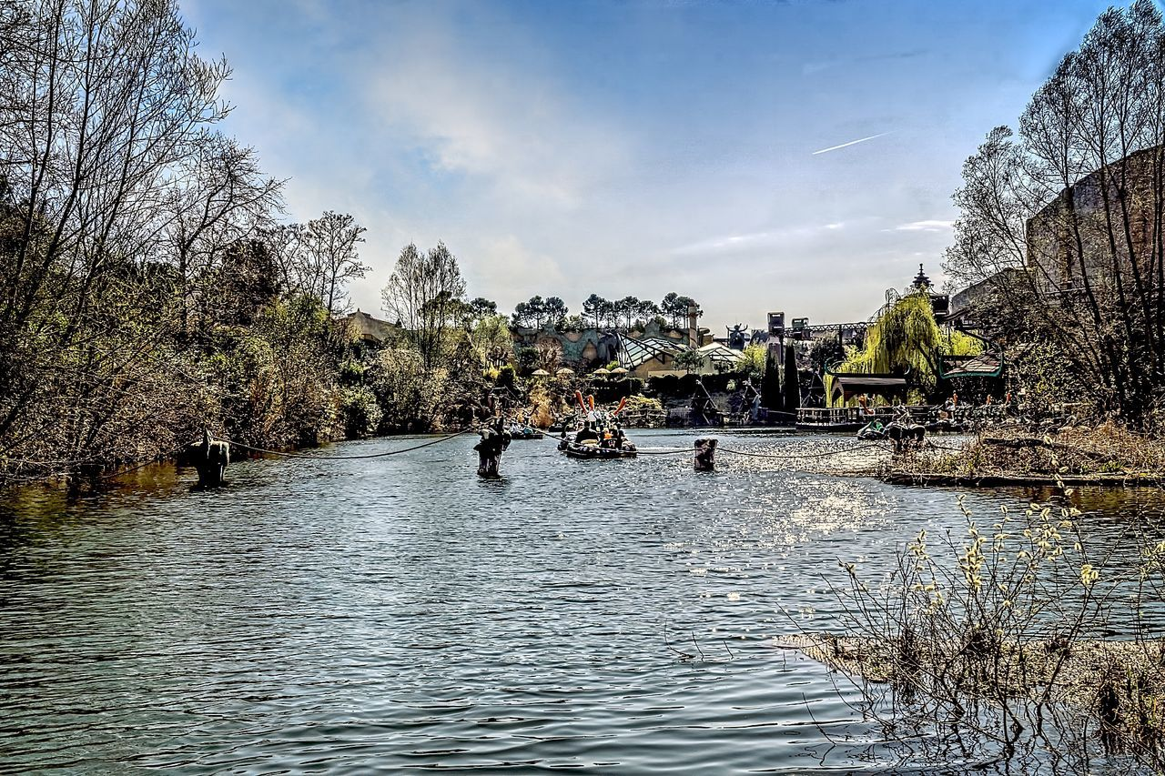 Hdrphotography Landscape Large Group Of People Nature Outdoors People Phantasialand Pretpark Sky Streetphotography Tree Water