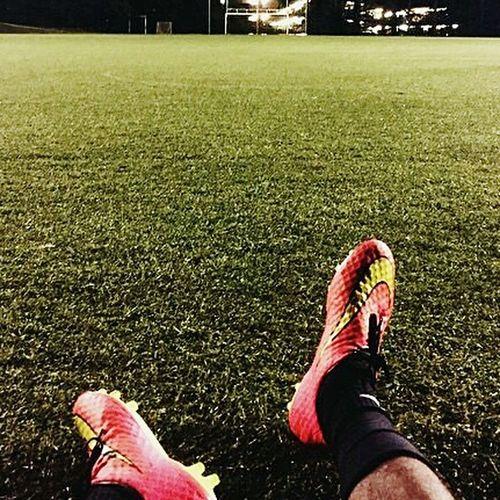"Omg '' "" EyeEm Lov This Pic Love ♥ That's Me First Eyeem Photo Portrait Of A Friend Football Playing Football Football Life Football Training"