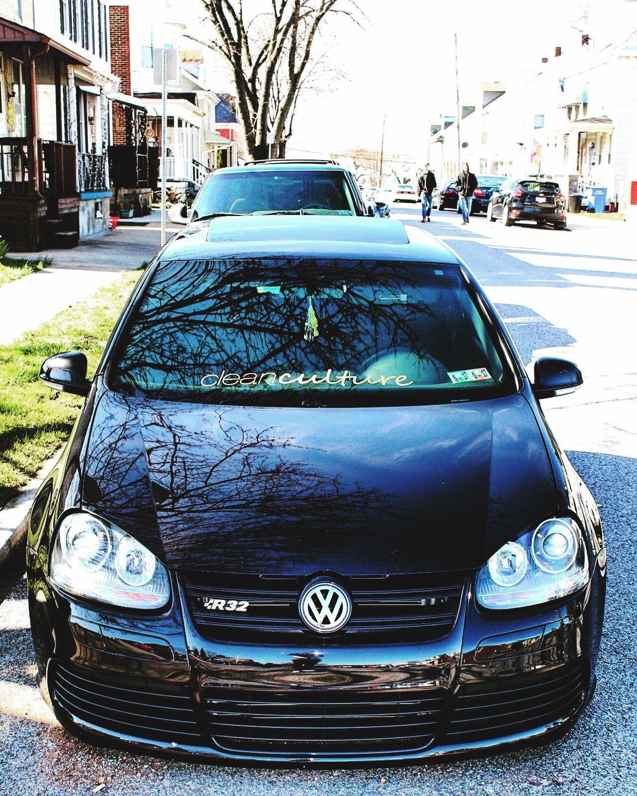 Too clean 👌🏽 VW GTI Clean
