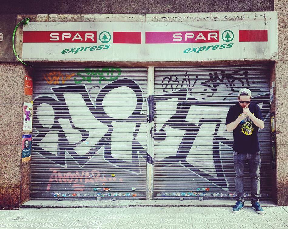 Graffiti Graffiti Art Idiot Idiots Barcelona Suicidal Tendencies Mishka Skateboarding Street Streetphotography Supermarket Consumerism OBEY Street Art/Graffiti