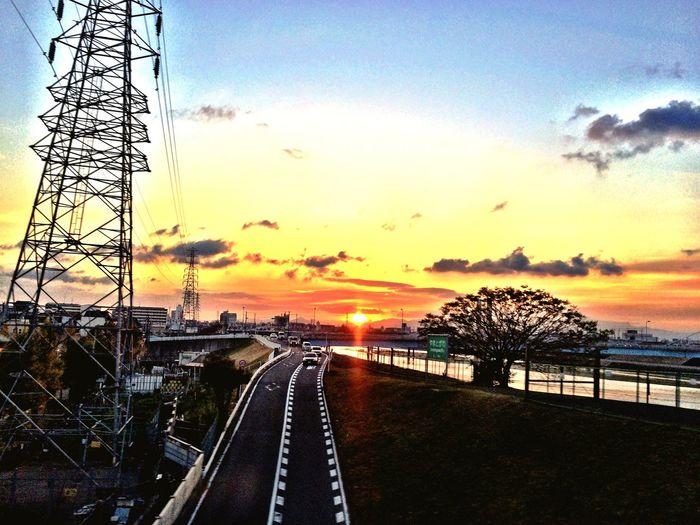 Sunrise Sunrise_sunsets_aroundworld Sun_collection Clouds And Sky