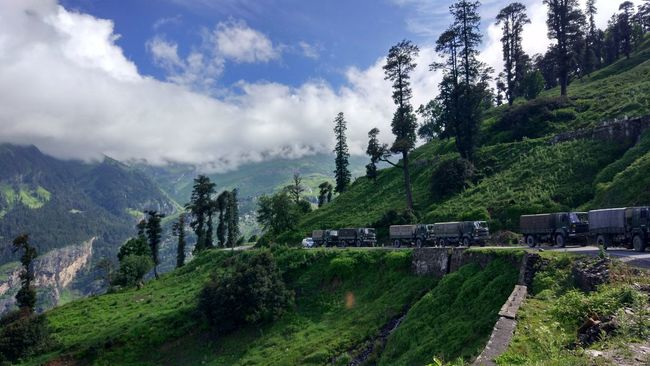 Army Autumn Cliff Hillside Himachal India Indian Army Indian Army Truck Manali Rohtang Rohtangpass