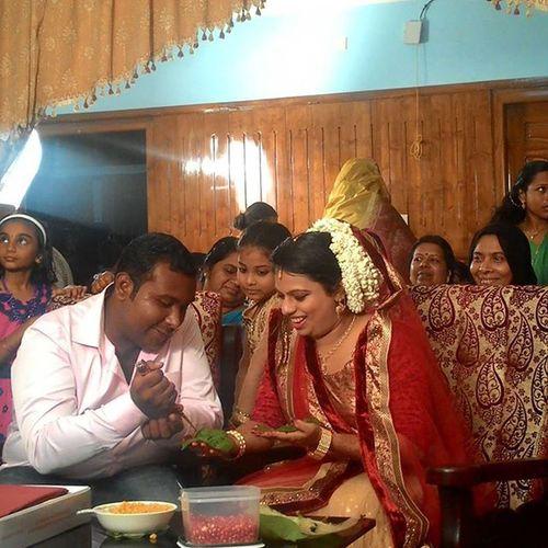 Thoda mehendi for a sweet bhabi.... Mehendi Bhabi Browife Happydaysrbck loveit