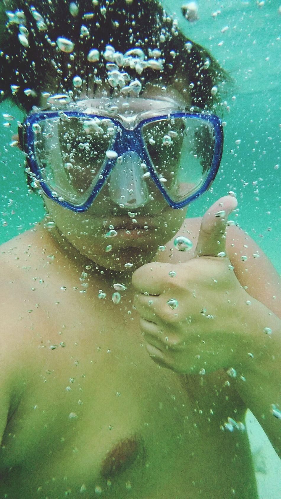 Beautiful stock photos of bahamas, Bubble, Equipment, Gesturing, Headshot