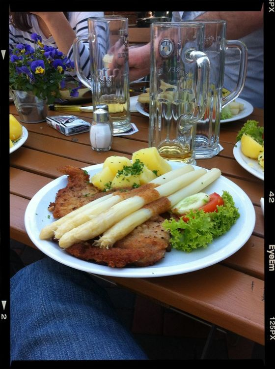 having spargel in Michendorf by Lu I