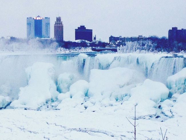 Niagara Falls Cold Winter ❄⛄ Winter Wonderland Frozen Worldwonder