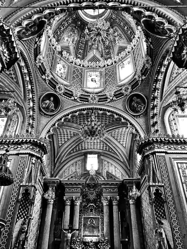Arquitecture Blackandwhite Black And White Light And Shadow Black & White EyeEm Best Shots - Black + White Perspectives Church Darkness And Light Blackandwhite Photography