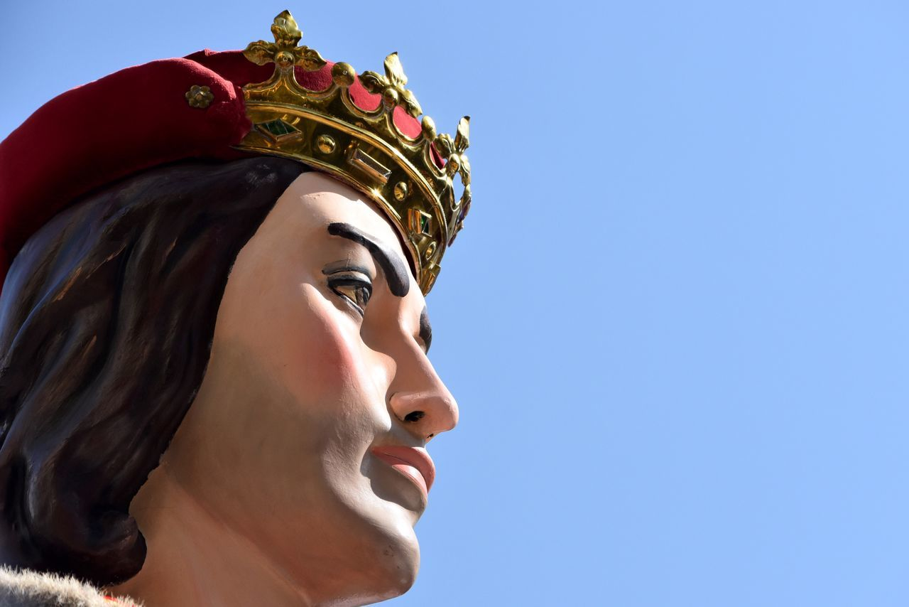 Beautiful stock photos of crowns,  Clear Sky,  Close-Up,  Copy Space,  Crown