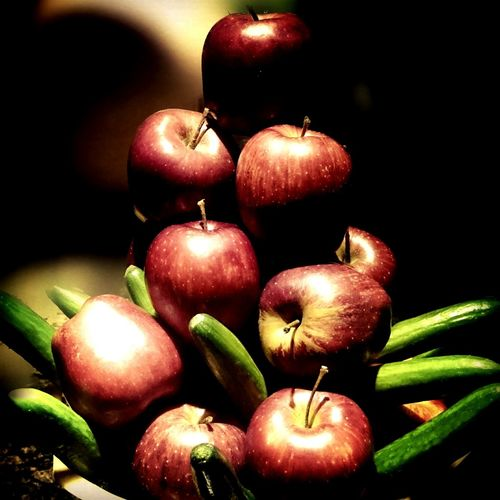 Red Apple ..