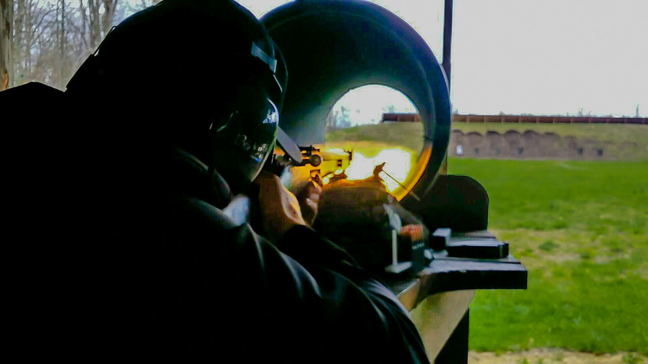 Relaxing Divertente Rifle Shooting Shootingrange Target Shooting Стреляй цель стрельбище Schießstand Ziel Schießen Gewehr Obiettivo Fucilazione Fucile