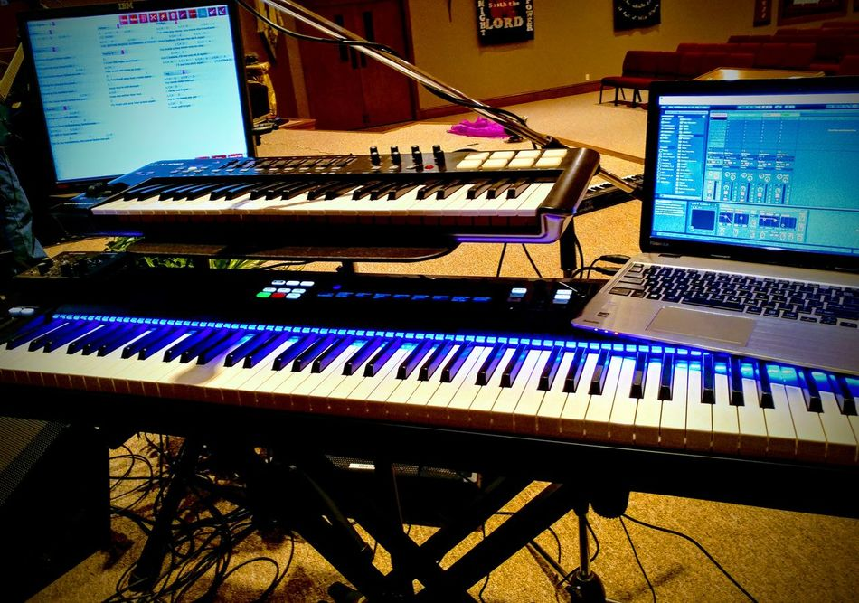 Piano Music Musical Instrument Piano Key Arts Culture And Entertainment Indoors  Technology Synthesizer No People Recording Studio Control Panel Day Close-up KompleteKontrol Check This Out Keyboard Instrument Keyboardist Performance