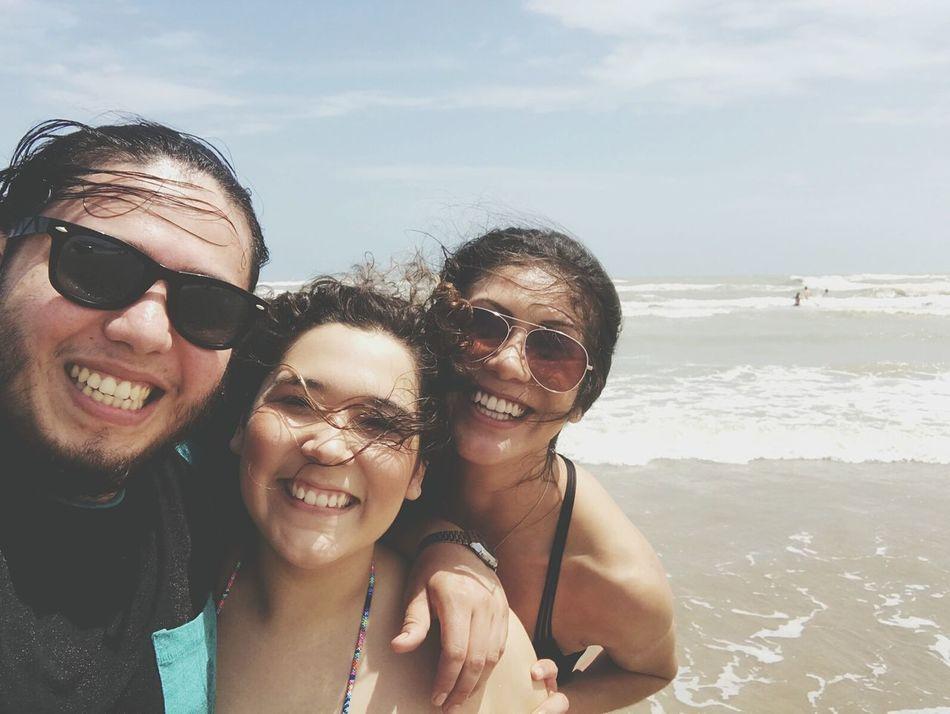 Sea Beach Happiness Smiling WavePortrait Water Friends Memories Waves Outdoors Texas SouthPadreIsland Horizon Over Water Weekend Activities Adventure Vacations