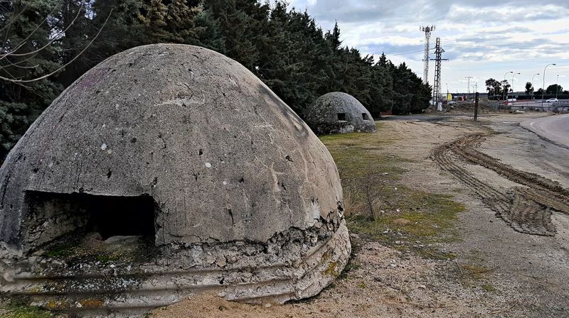 Torretas de los bunkers en Brunete que quedaron de la Guerra Civil Española No People Outdoors Sky Day Close-up Nature Bunker Spanish Civil War