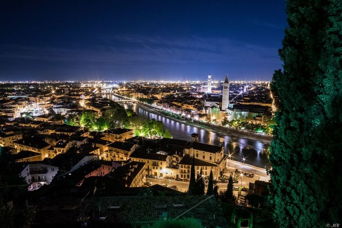 Verona Nightphotography Night Lights Night Italy Long Exposure Light Lights Pictureoftheday Photooftheday Fujifilm Fujifilm_xseries FUJIFILM X-T1 X-T1 12mm F2 Samyang River City Cityscapes First Eyeem Photo