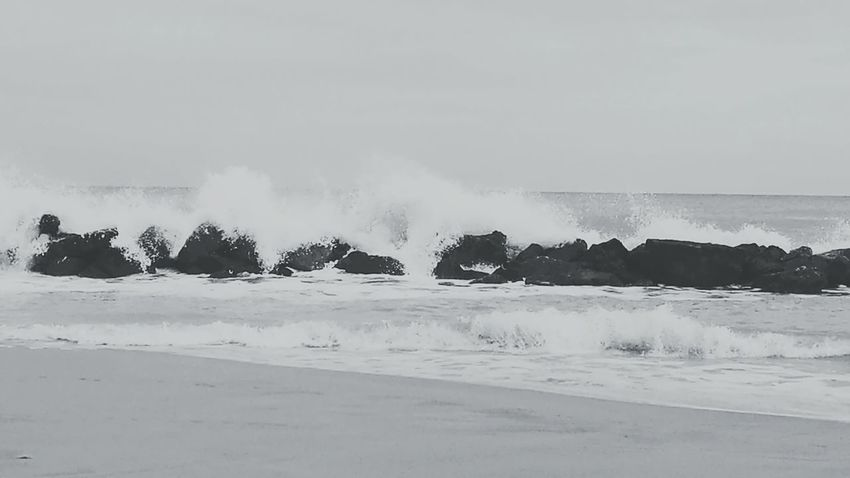Beauty In Nature Windy Waves Crashing Waves And Rocks Beach Blackandwhite