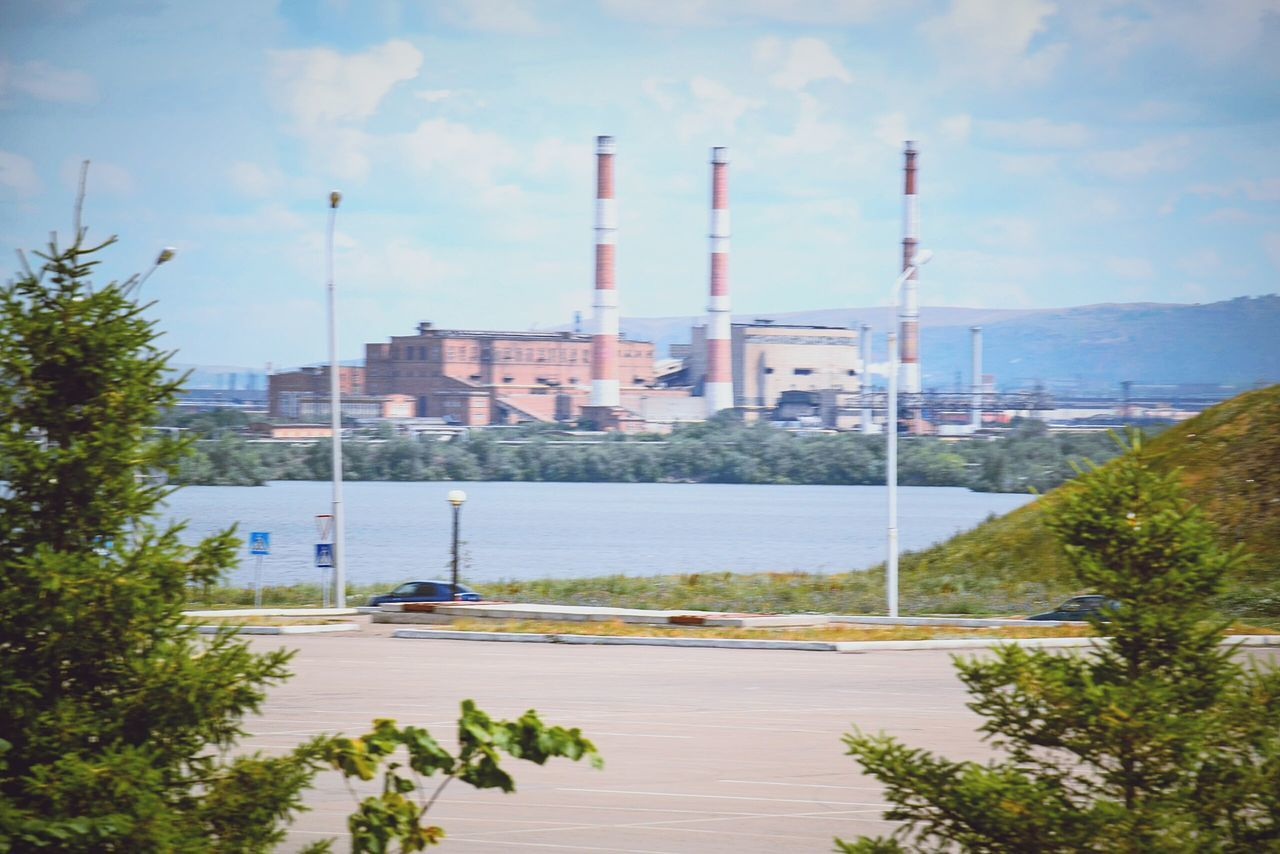 ММК Industry Industrial Building  Built Structure Fuel And Power Generation Tower Factory Environment Refinery Smoke Stack No People Urban Skyline Oil Refinery Sky Architecture Outdoors Petrochemical Plant The City Light EyeEmNewHere