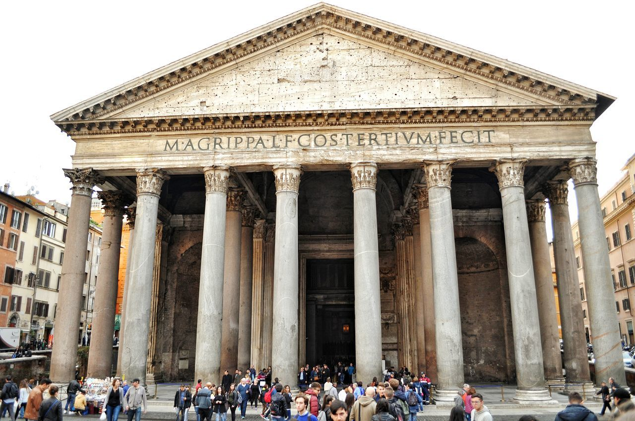 Panteon Pantheon Templo De Todos Los Dioses Rome Italy Tourism Large Group Of People Architecture Travel Destinations Tourist Travel Built Structure Building Exterior City History Eyem Gallery Famous Place EyeEm Gallery Urban Exploration Enjoying Life Taking Photos Beautiful