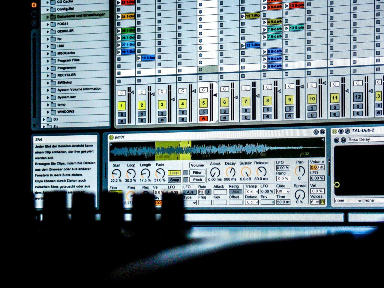Beat Close-up Day ELEKTRO Indoors  Information Medium Making Music Mix Mixture  Music No People Technology