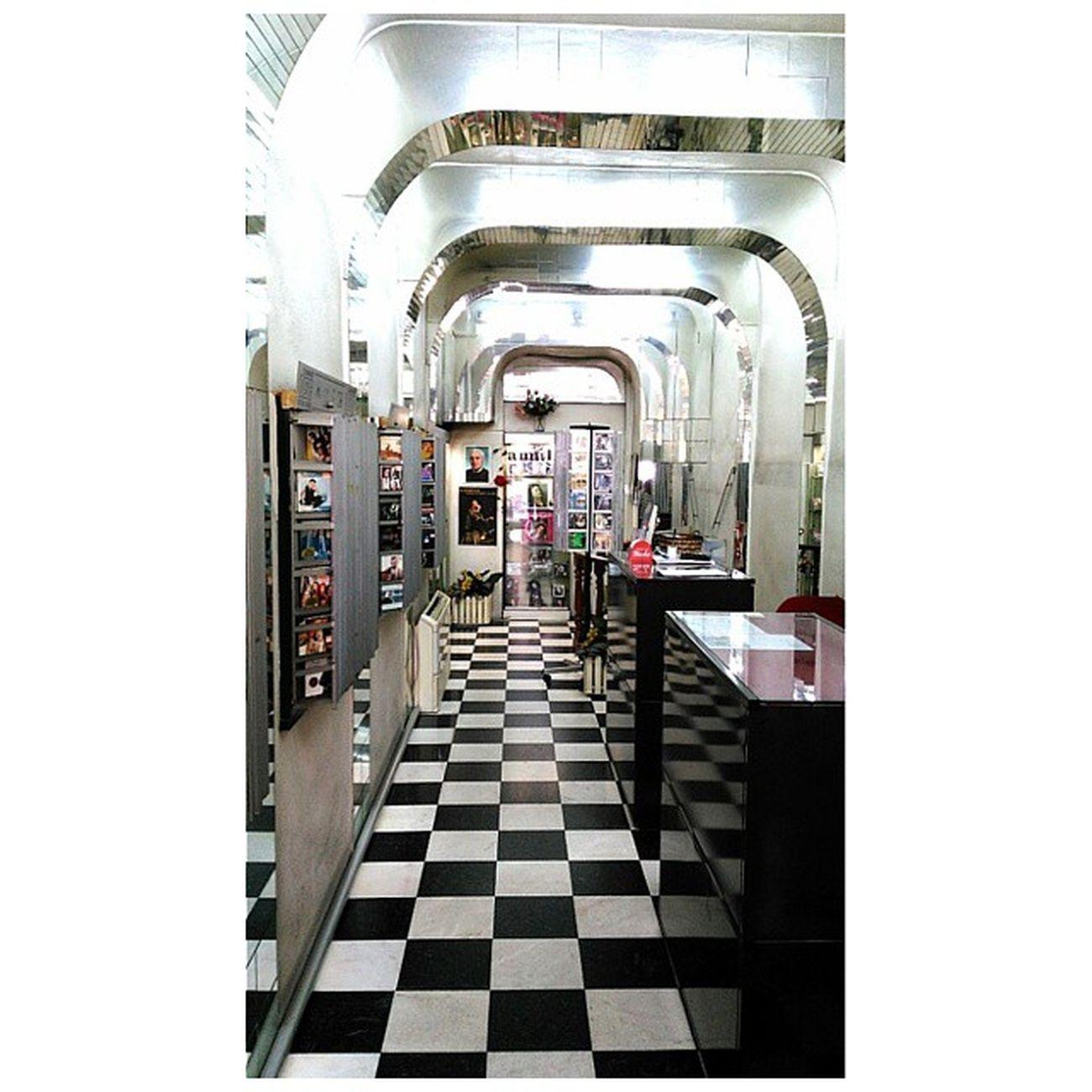 this place 😍 Fado Dadagoestolisbon Lisbon