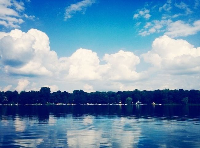 Chilling out here at the lake. Enjoying The Sun First Eyeem Photo