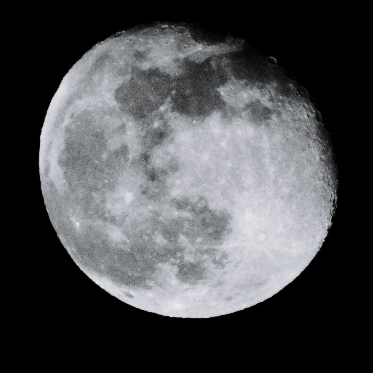 moon, night, moon surface, planetary moon, astronomy, full moon, beauty in nature, majestic, nature, scenics, tranquility, tranquil scene, discovery, space exploration, half moon, low angle view, no people, sky, space, moonlight, sky only, outdoors, clear sky, close-up, satellite view