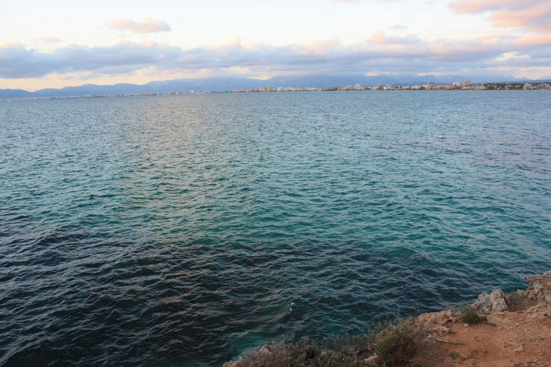 Horizon in Palma de Mallorca, España Palma De Mallorca SPAIN Horizon Over Water Horizon Over Sea Sea View Sea And Sky Sea Life Turquoise Water No People No People Outdoors Nature Sunset Sunset And Water Sunset And Sea Sunset And Clouds  Sunset And Skyline Bright Sea Perspective Deep Blue Sea Deep Sea