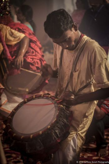 A Dhak - Drum instrument played during Durga Puja (Indian Festival) The spirit of Puja drives you more and more. Arts Culture And Entertainment Dhaka Dhol Durga Puja Gurgaon India Lifestyles Men Music Musical Instrument Musician Nagadaivangal People Performance EyeEmNewHere The Portraitist - 2017 EyeEm Awards