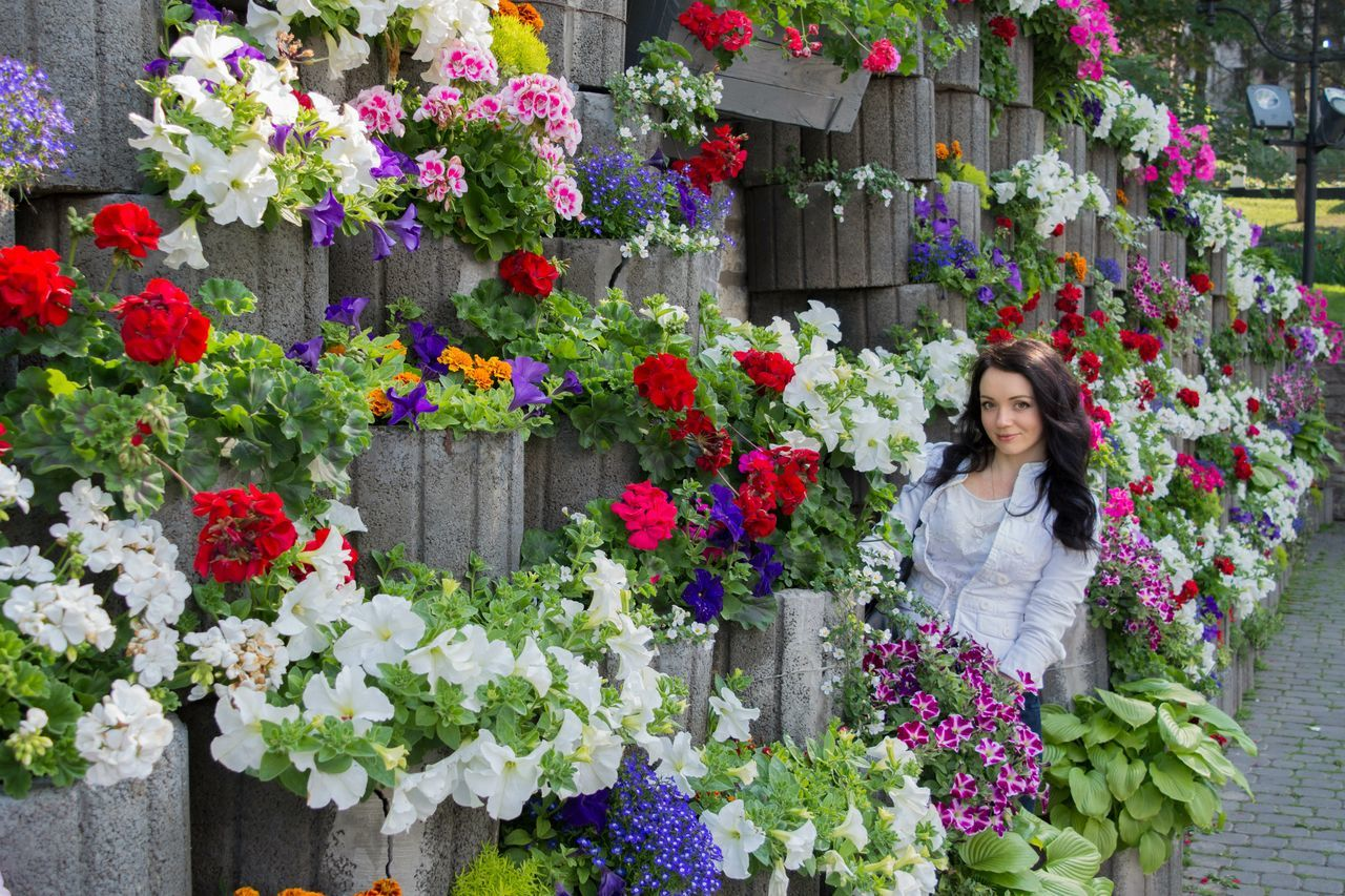 Flowers Flowers In The City Good Mood :) Good Trip Good Weather:) Me Flowerwall Kamenets-Podolsky Ukraine Ukrainian Girl Ukraine, Kamenets-podolsky