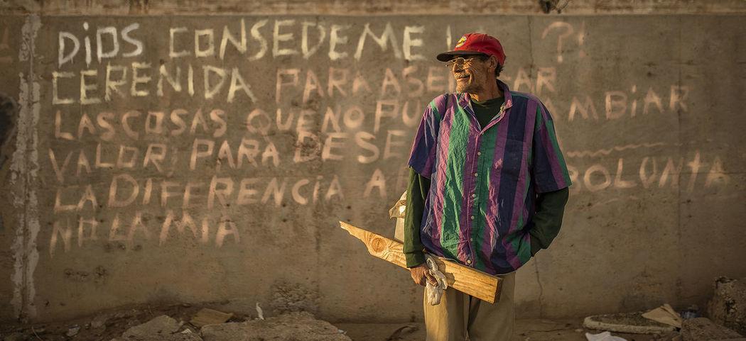 El Grande Gente De La Calle Mexicali Baja California Poor  Poor People  Senior Adult