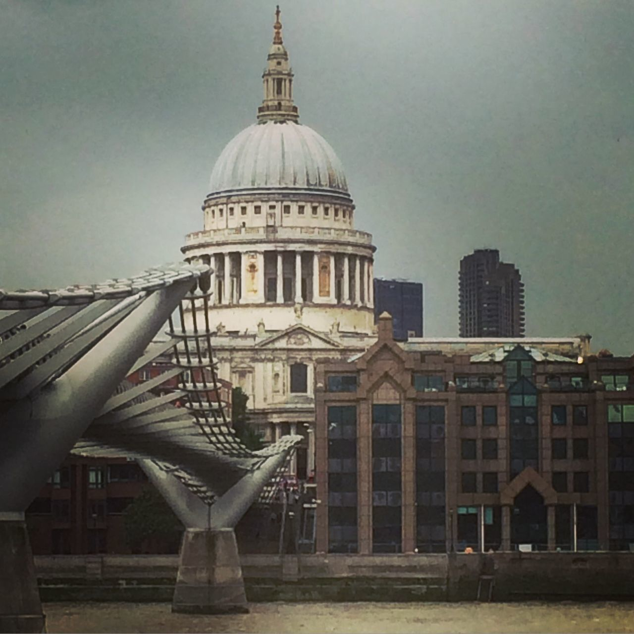 St-Paul's London Thames River Cathedral City United Kingdom