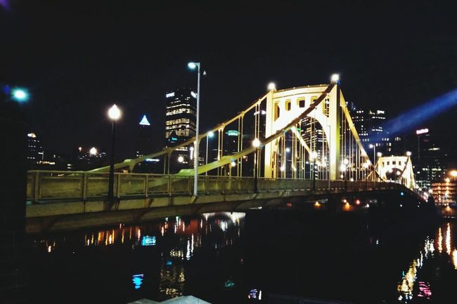 Pittsburgh Downtown Pittsburgh Cityscapes Hanging Out Taking Photos Check This Out Bridges Finding The Beauty Findingthebeauty