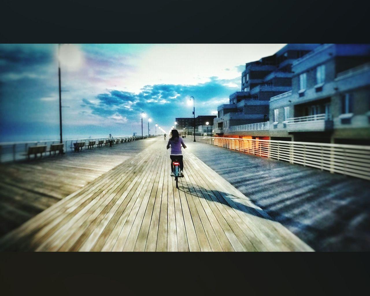 The Street Photographer - 2015 EyeEm Awards Check This Out Atriumtakitowncenter Atrıumtakitowncenter Atrıumtakıtowncenter Atriumtakıtowncenter Atrıum Istanbuldayasam The Week Of Eyeem Turkeyphotooftheday