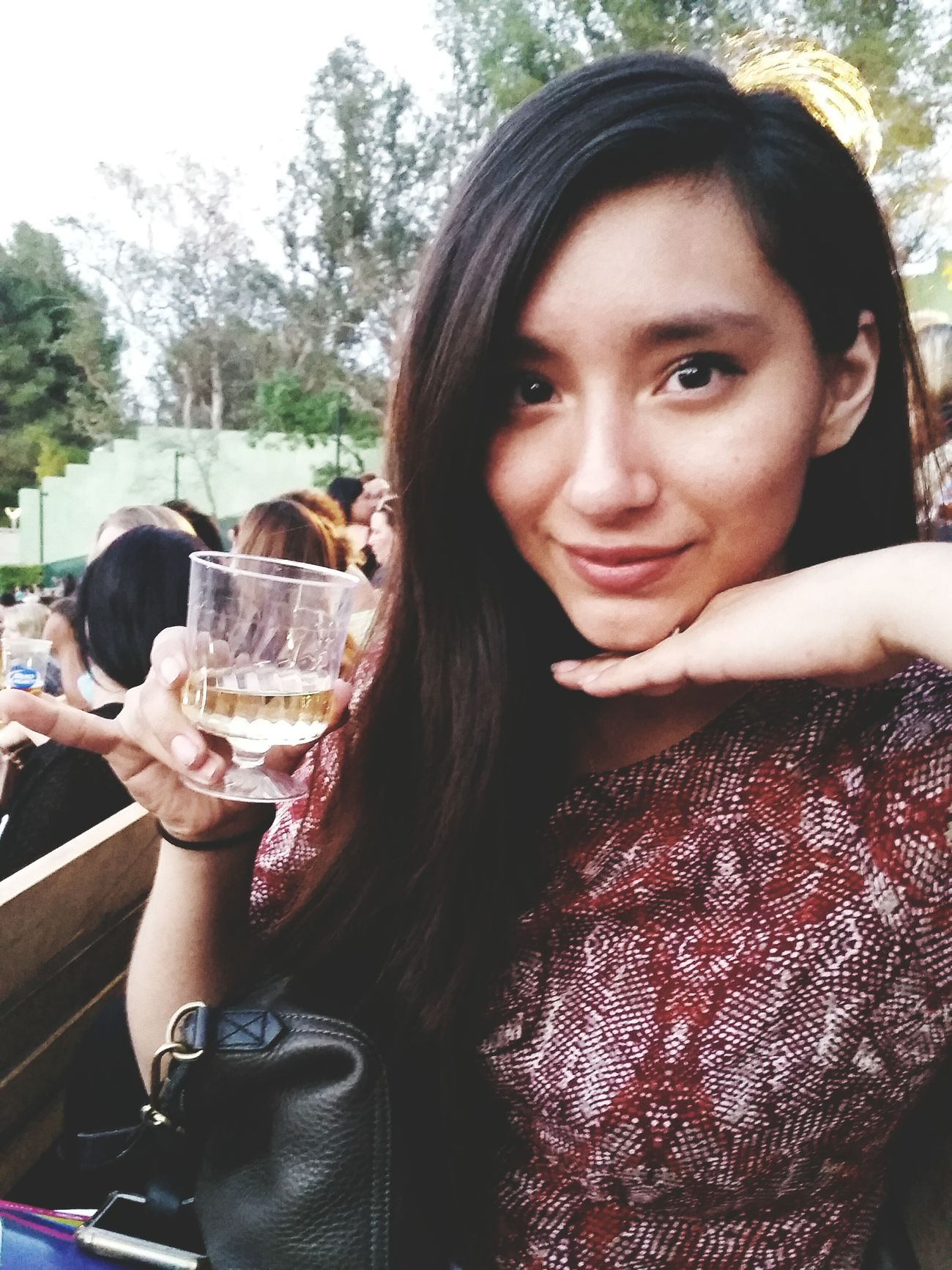 I have a beautiful best friend, inside and out, who drinks her wine super fancy. What you didn't see is her drinking that wine with a straw. Taking Photos Hanging Out Starting A Trip Hollywood Bowl Los Ángeles Family People