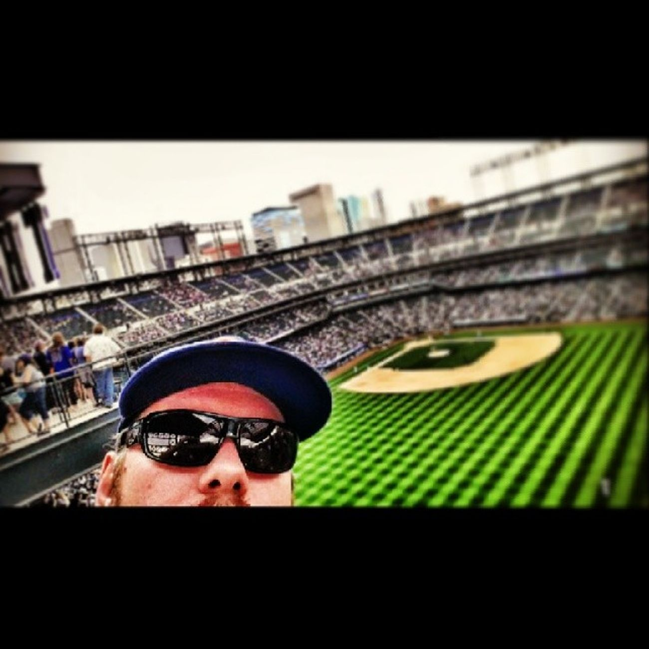Fieldvizzion Bigfizzion Coloradorockies Colorado Coorsfield coorsrooftop 5280 denverartist denverart photoart spring springlife