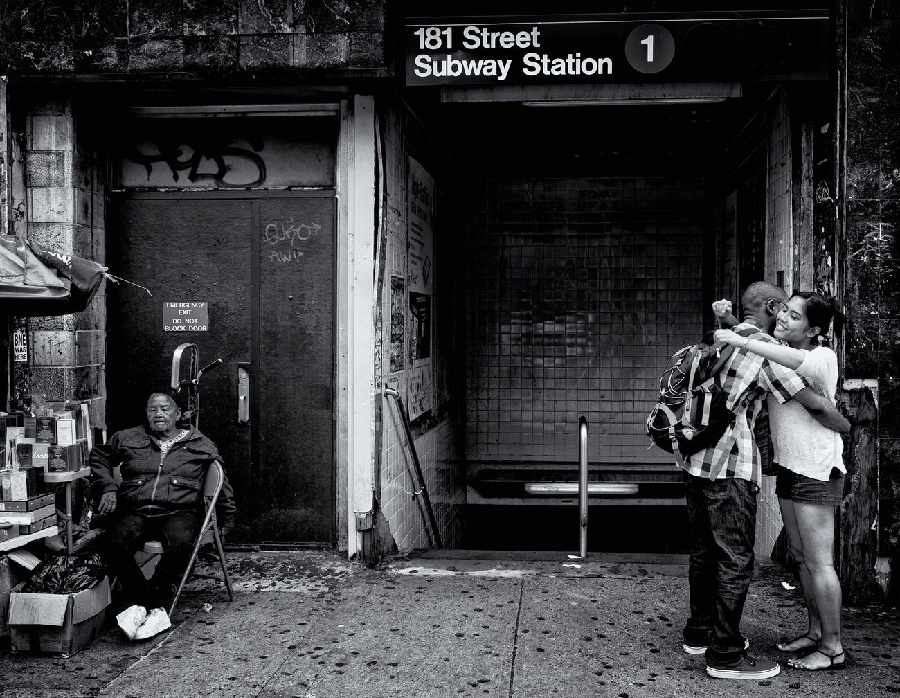 Till Next Time Subway Station Black & White Black And White Mta Nyc Transit Bw_collection Subway Monochrome Streetphotography_bw Street Photography The Street Photographer - 2016 EyeEm Awards Streetphotography New York City Washington Heights Streetscape Streetphoto_bw