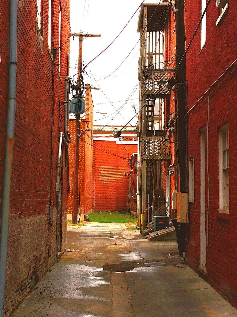 Martinsburg Alley Bricks