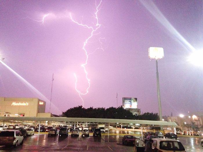 Thunderstruck :) Thunder RAYOS