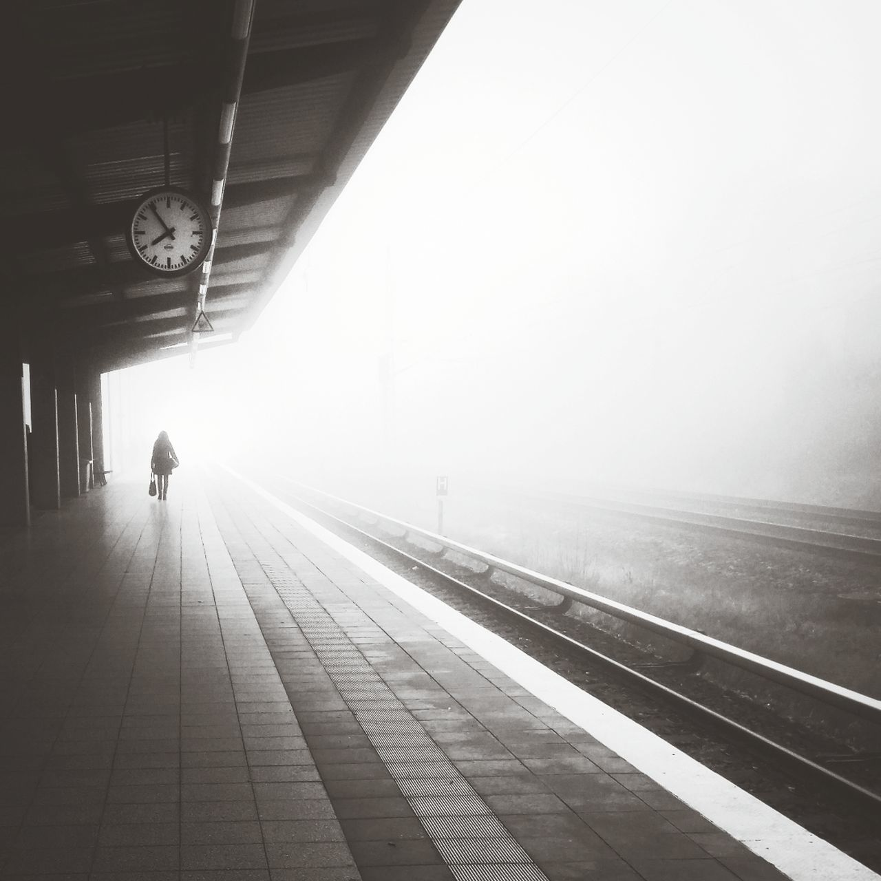 Vanishing into the weekend :: Daily Commute Vanishing Point Impossible Moments Near And Far