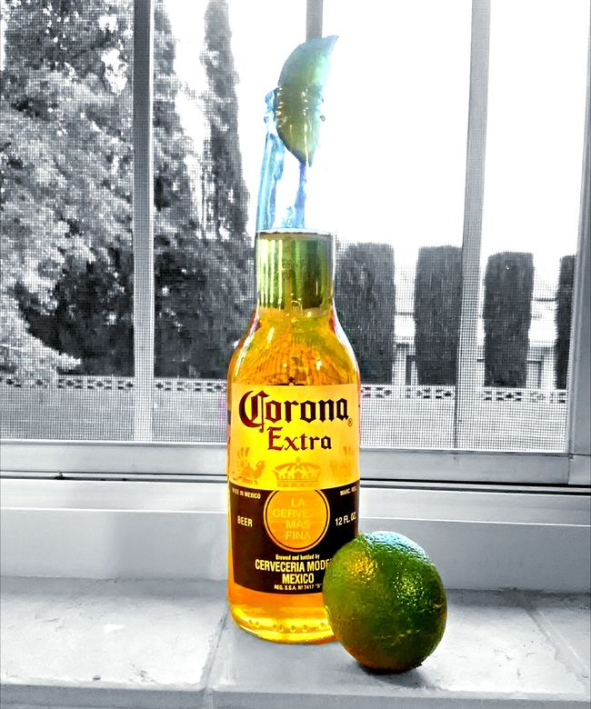 Happy cinco de mayo Cinco De Mayo Cinco De Mayo! Cerveza Corona Coronaextra Corona Beer Beer Lime Celebration Yellow Green Party Time Relaxing Moments Fiesta Party Splash Of Color Blackandwhite Photography Beerporn Party Time! Limelight