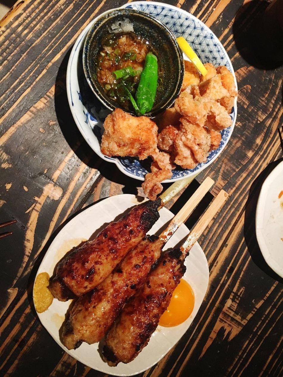 唐揚げとつくね😍 唐揚げ からあげ Chickens Yakitori つくね 焼き鳥 やきとり 京都 四条烏丸 Kyoto Japan なんでも美味しかったけど鶏のタタキも美味なお店