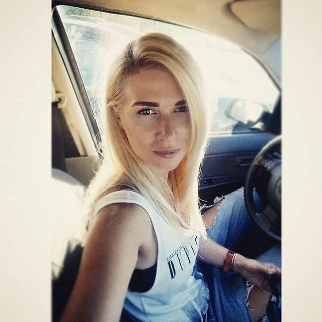 Selfiukasmashiniukas Ridinghome Afterhaircut Atostogupabaiga Selfietime Summerend Blondie Blond Longhairdontcare Boyfriendjeans Sunnydays