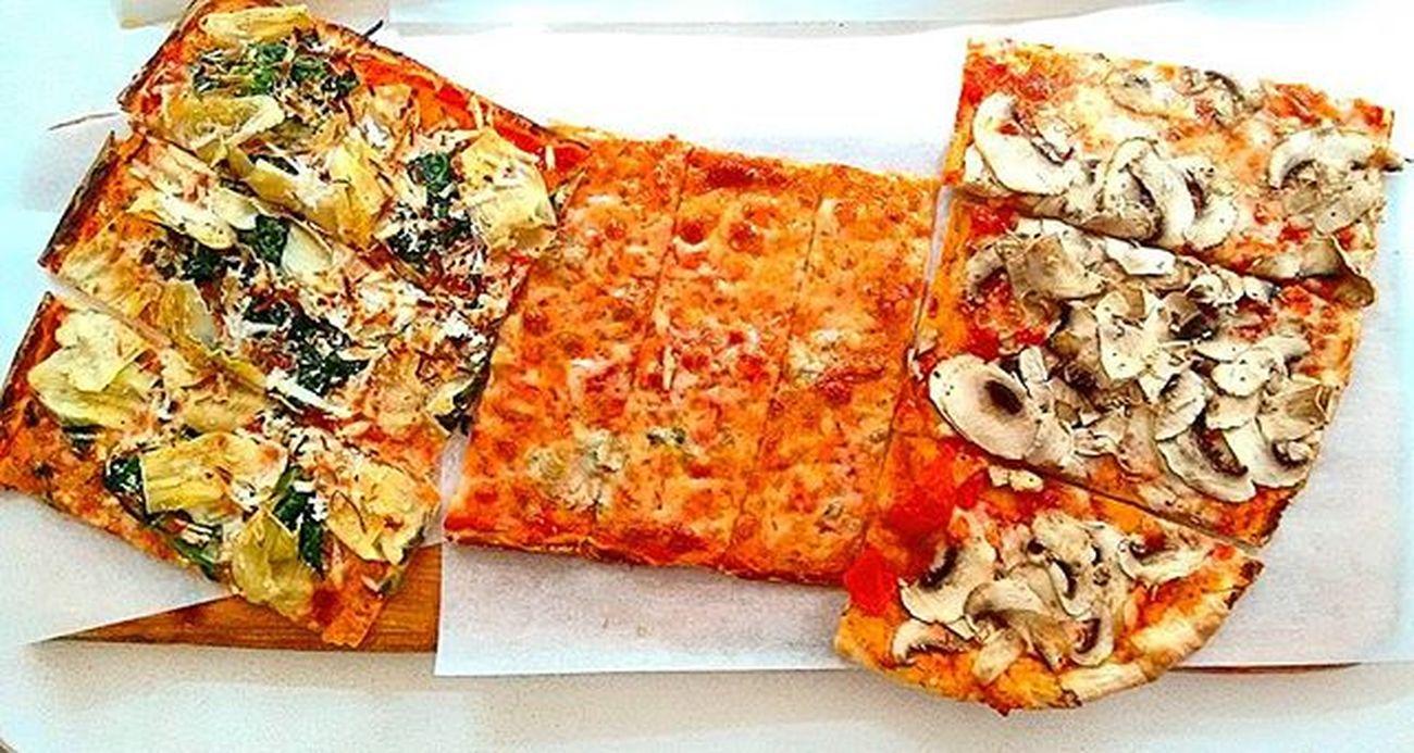 E mangiatela na pizza no? Pizza Pizzas Pizzatime Pizzaaltaglio Berlin Berlin Berlino Food Foodporn Instagramberlin Instafood