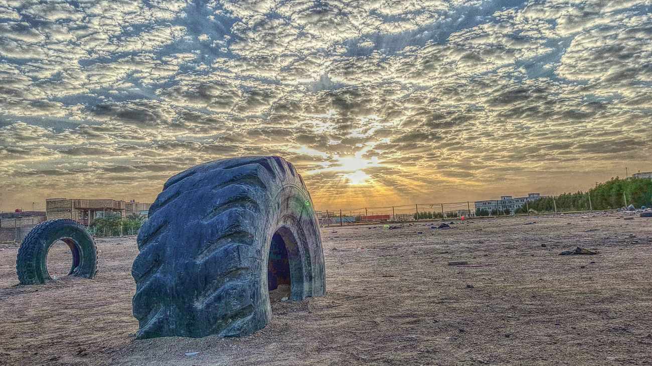 Tires Sunset Sun Hello World Sup Hi Every One Thug Life Taking Photos Check This Out Love Sunset Common Most Popular Perfect Shot By My Cam Gs6