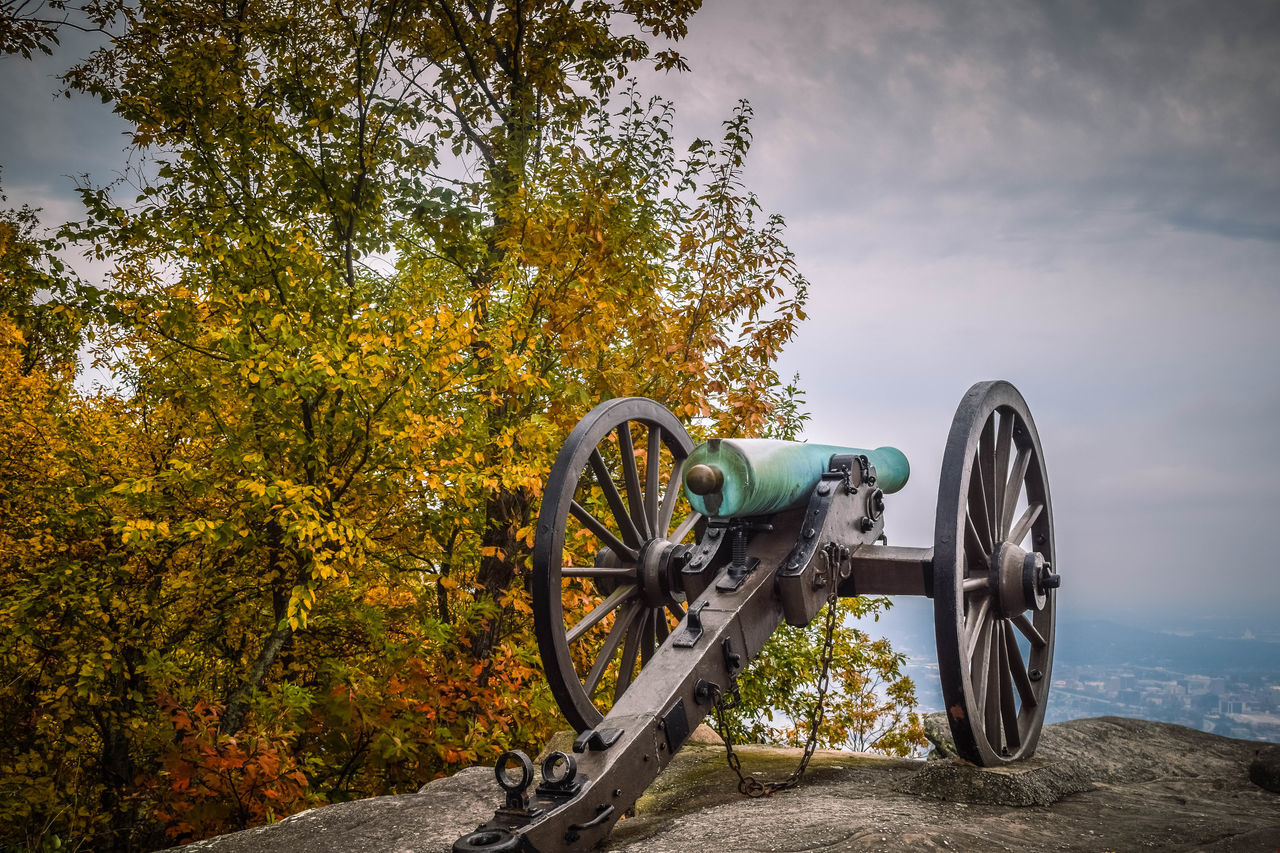 Some of the pretties photos I have from fall I took in chattanooga Tn. This series is from Look Out Mountain where the battle of Chattanooga was fought in 1863. This is a real cannon that was fired back then, and it overlooks what is now the city of Chattanooga. Beauty In Nature Bicycle Basket Cloud Cloud - Sky Cycle Day Grass Growth Land Vehicle Landscape Mode Of Transport Nature No People Non-urban Scene Outdoors Parked Parking Plant Scenics Sky Stationary Tranquil Scene Tranquility Tree Wheel