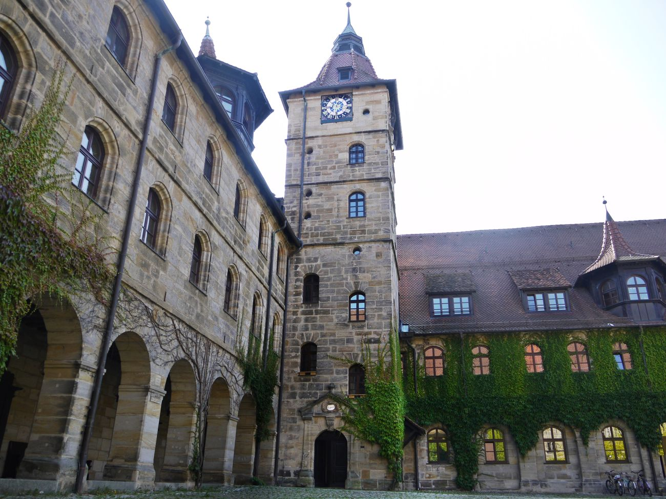 Old german school hogwarts? :-) in Bamberg Arch Architectural Feature Architecture Building Exterior Built Structure City City Life Exterior Façade Historic History Hogwarts Low Angle View Old Town Outdoors School Schule Sky Spire  Tall Tall - High Tower Town Town Hall Window Altdorf - Nürnberg