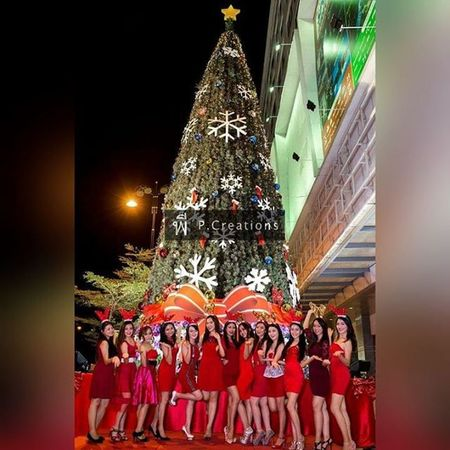 Miss Santarina Missglobal Mgimofficial Misssabahangirls Sabahstate That's Me Taking Photos Model Pose Modeling Shoot Modelgirl Enjoying Life People Happy Beautypageant Hello World Self Portrait Model Models Check This Out Holiday