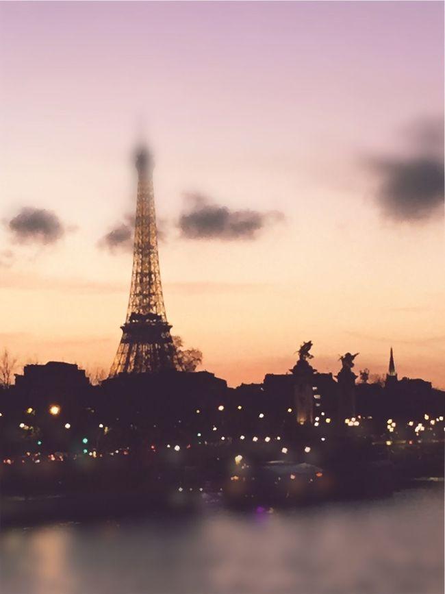 Paris ❤ Paris Je T Aime Paris, France  Paris Tramonto Sunset February February 2016 Dreaming Torre Eiffel Eiffel Tower Eiffel Tower♥ Tour Eiffel Je Suis Paris Je T'aime Love Paris