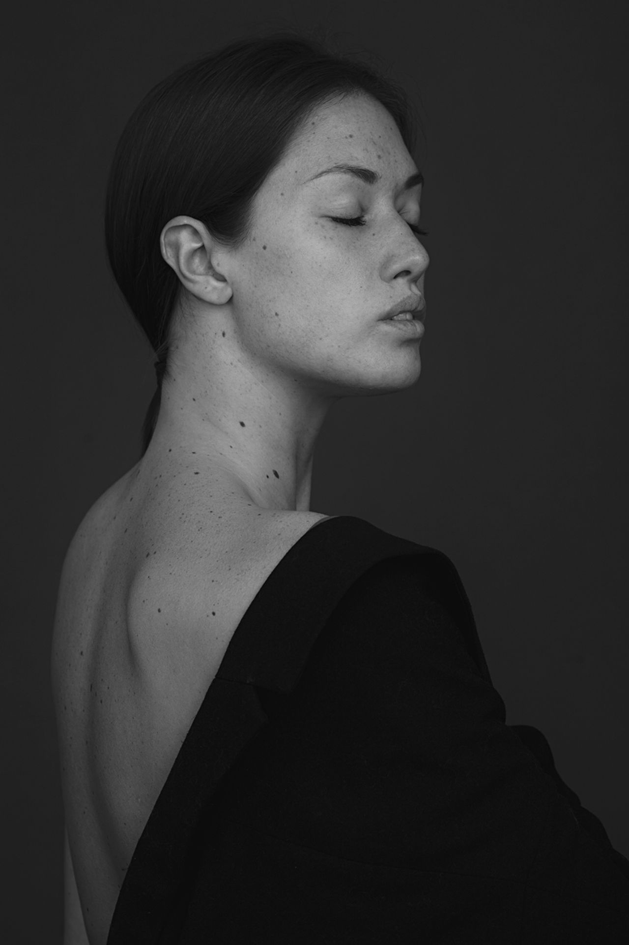 Adult Beautiful Woman Beauty Black Black & White Black And White Blackandwhite Model Portrait Studio Shot